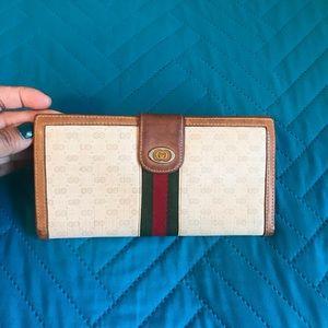 Gucci Vintage Stripe Long Wallet